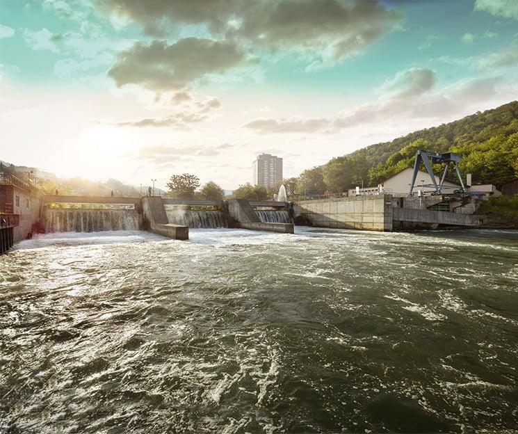 Kraftwerk Kappelerhof in Baden. Der Auftrag für dessen Ausrüstung war ausschlaggebend dafür, dass Brown und Boveri ihren späteren Weltkonzern in der Kleinstadt gründeten.